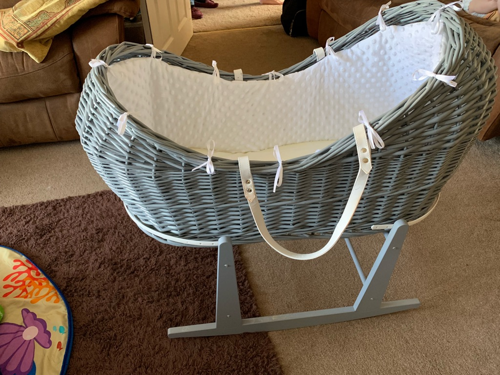 Grey Dimple Wicker Moses Pod