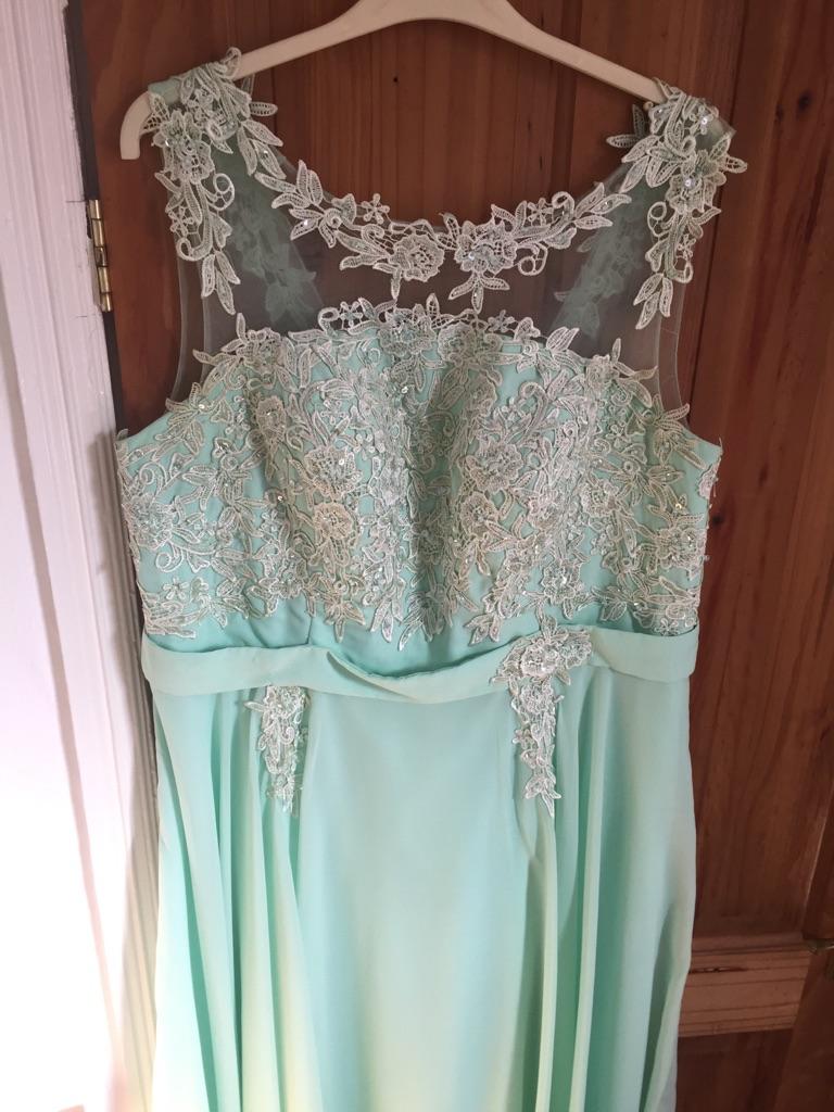 Size 16 bridesmaid dress green