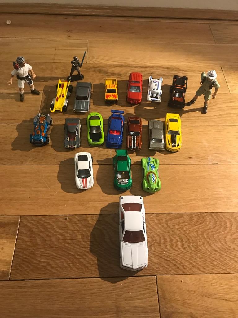 Bundle little cars