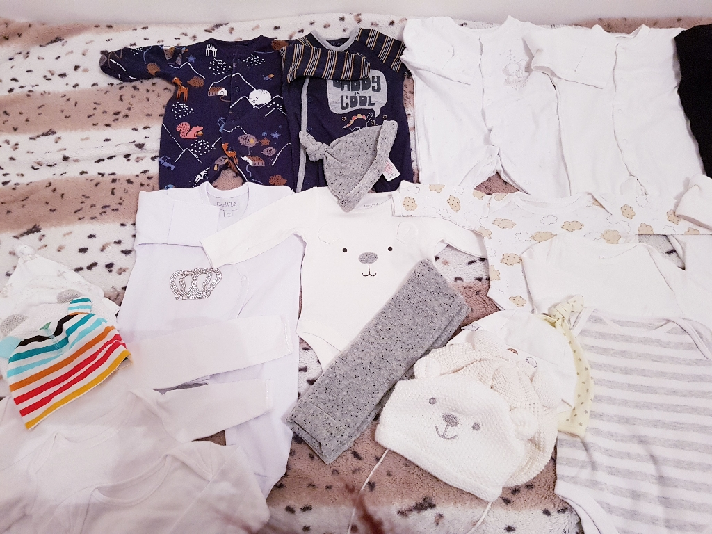 Baby clothes size 0-3 3-6