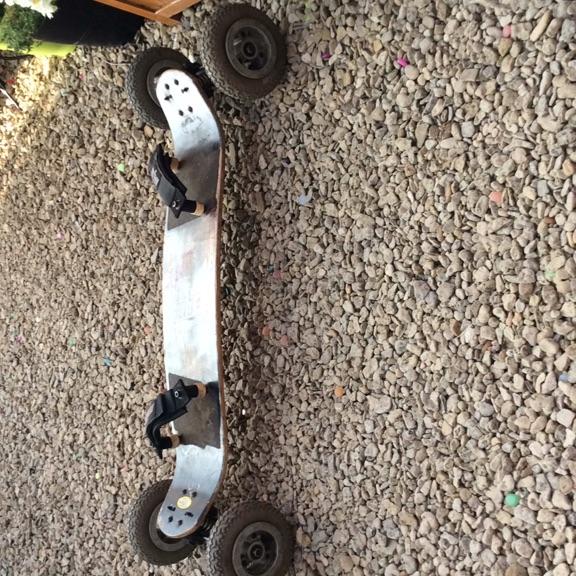 Mountain board skate board