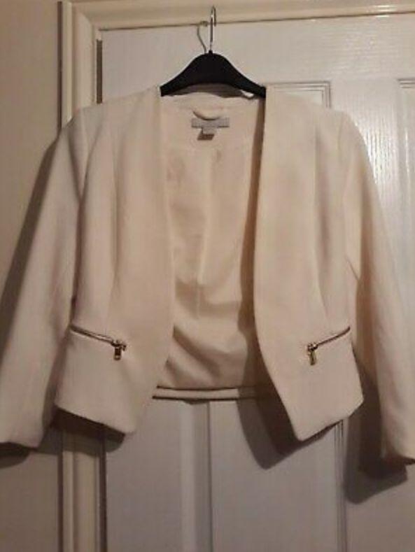 Size 8 3/4 sleeve jacket