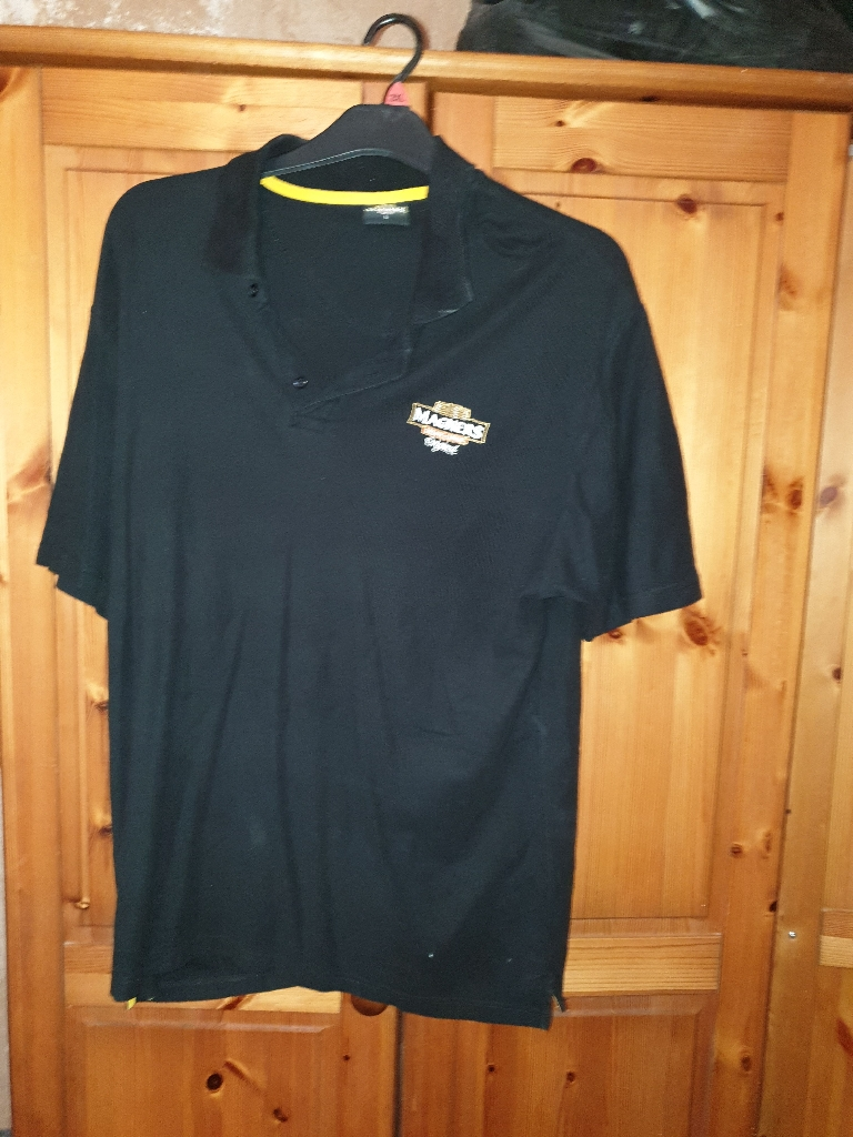 Magners clothes