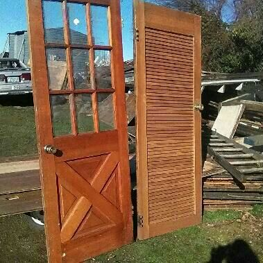 Exterior door w glass and interior door