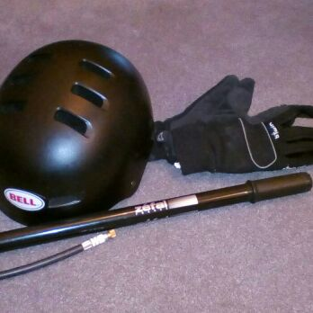 BELL SKATE/ CYCLING HELMET, ZEFAL PUMP AND GLOVES