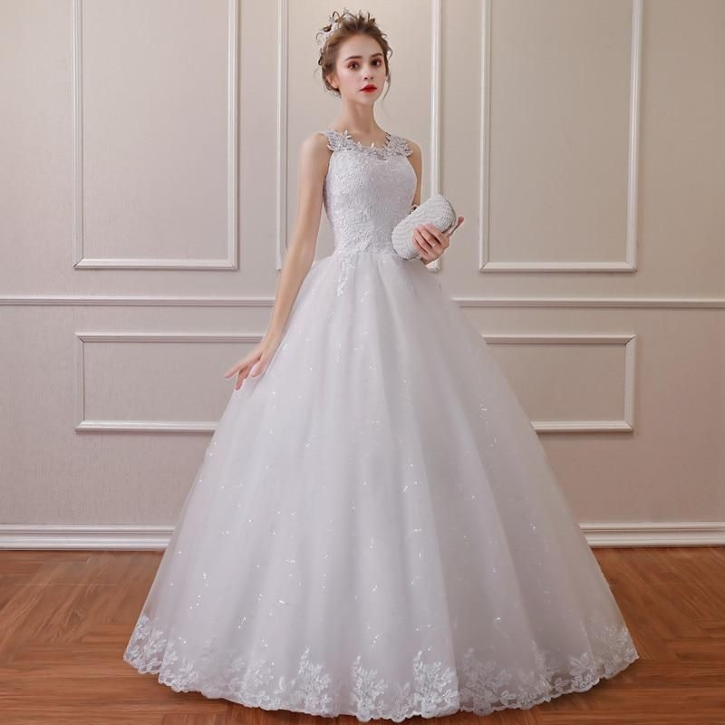2019 Lace Embroidered Vintage Wedding Dress