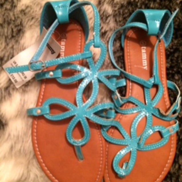 Brand new sandals size 5 £6