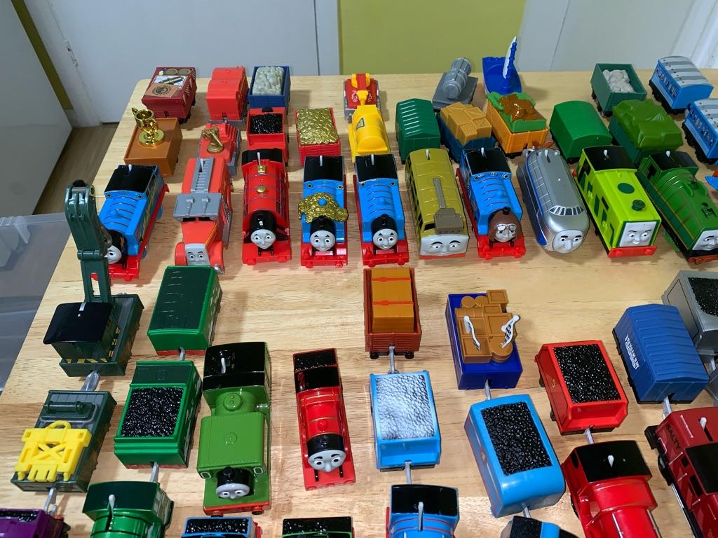 Thomas tank engine trackmaster sets