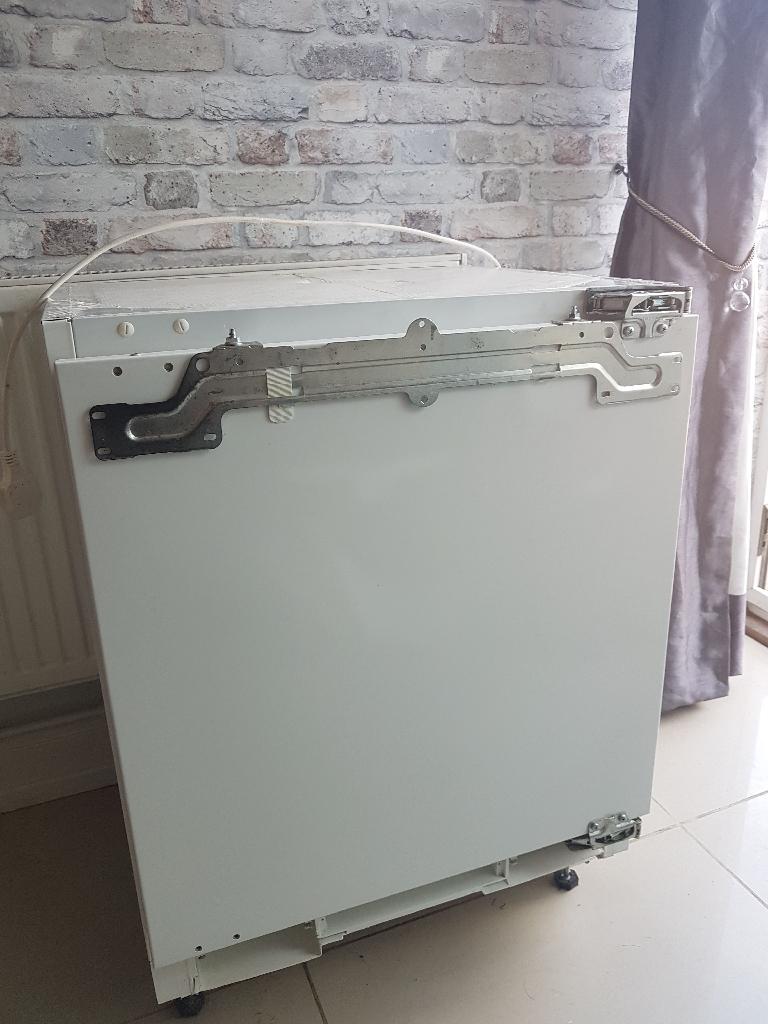 Aeg undercounter fridge excellent condition