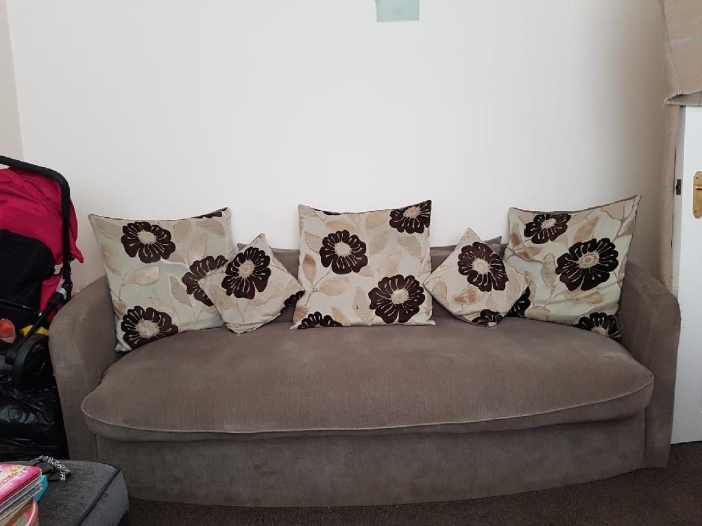 4 & 3 seater sofa