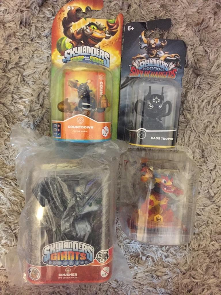 Sky landers toys/figures x4 brand new