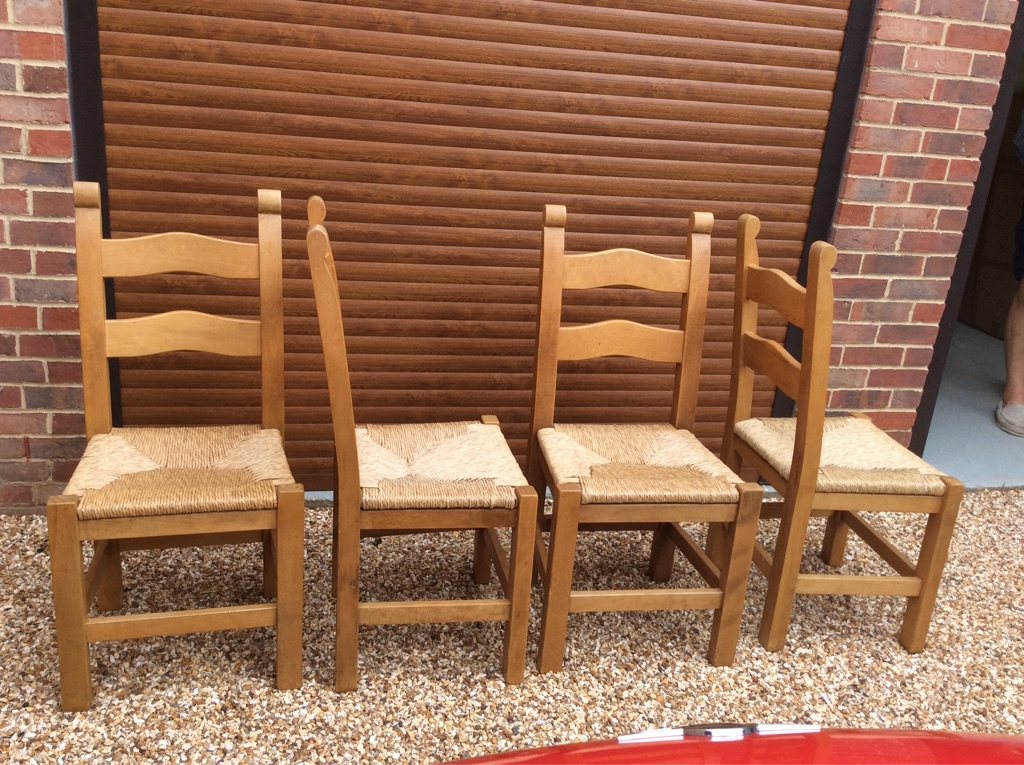 4 Country Chairs with rush seats
