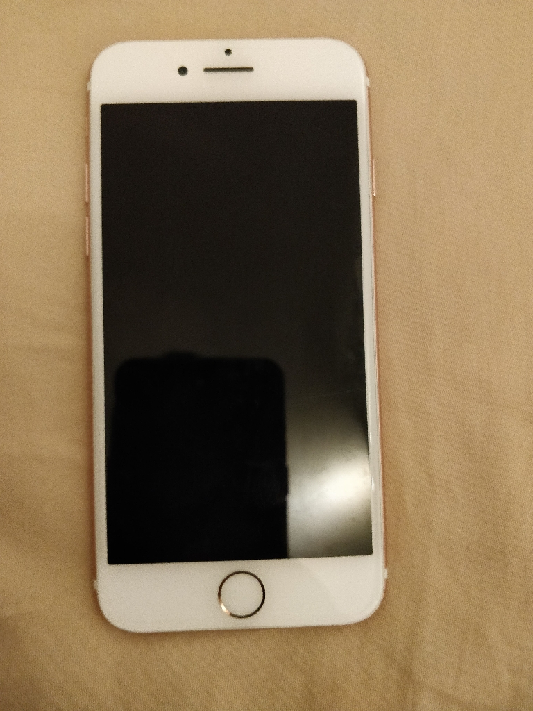 iPhone 7 32GB ROSE GOLD,PRISTINE CONDITION
