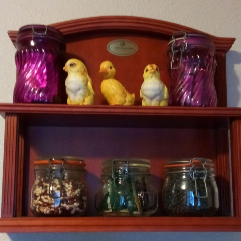 three chickies and Beautiful jars