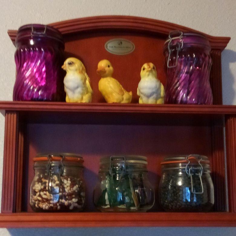 three chickies and Beautiful jars