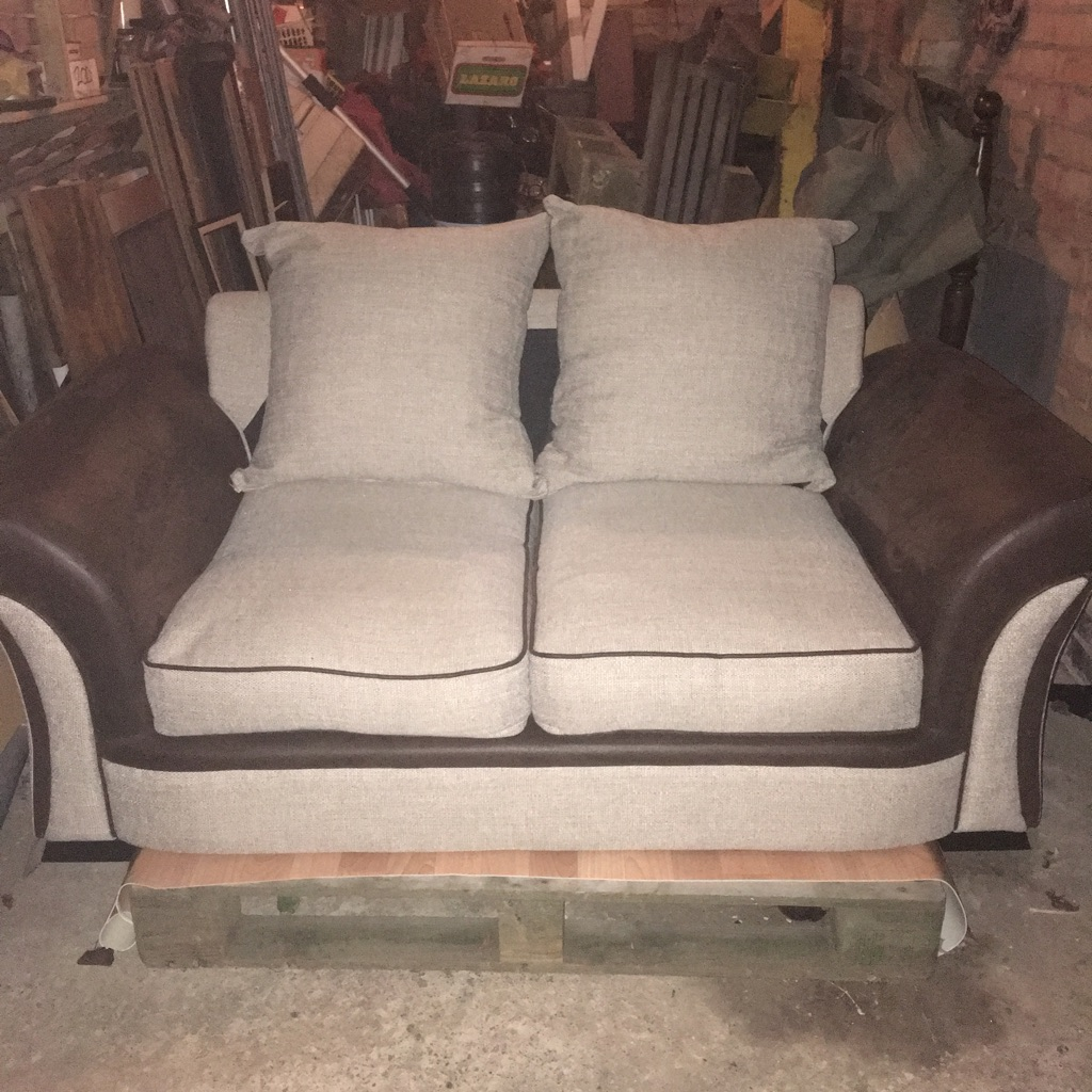 2 Seater Sofa Beige/Chocolate Fabric In Excellent Condition