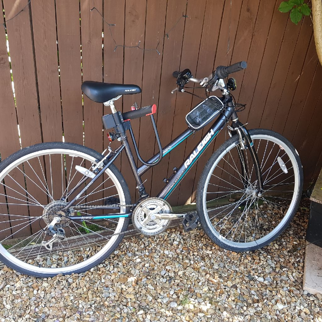 Raleigh Alana urban geometry ladies bike