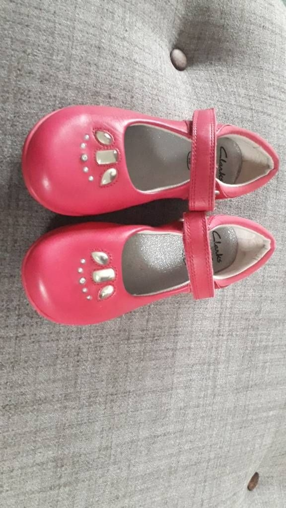 Clark's girls shoes size 8 1/2 f