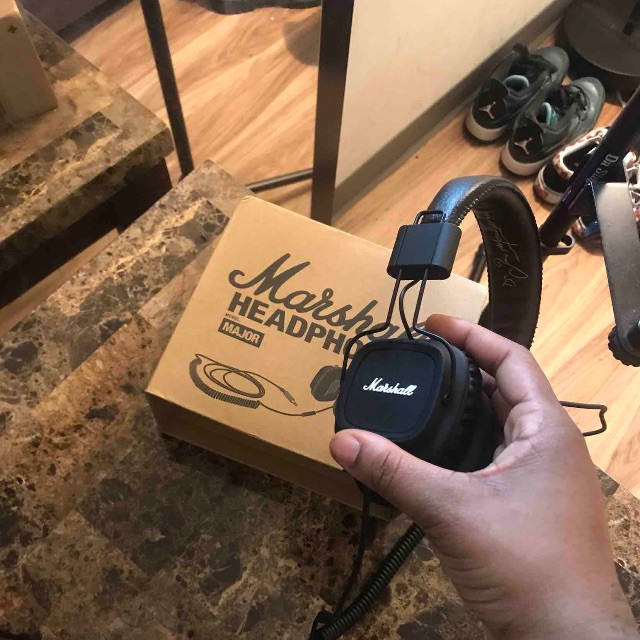 Marshall Headphones 🎧