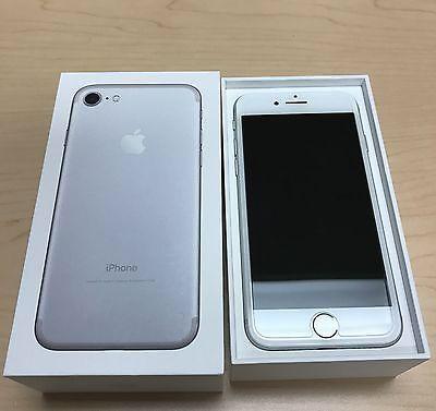 iPhone 7 Silvar 32GB unlocked brand new mint condition