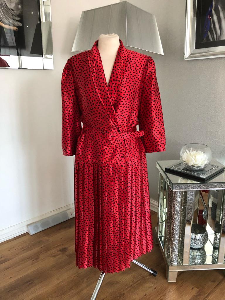 Women's red black vintage dress size 12/14