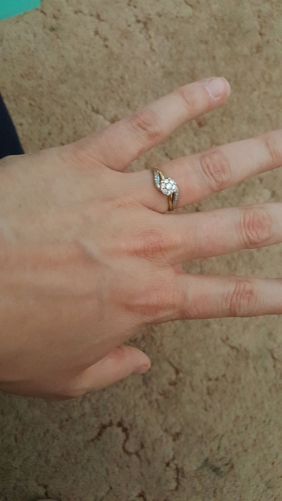 White and Yellow Gold Twist Cluster Diamond Ring