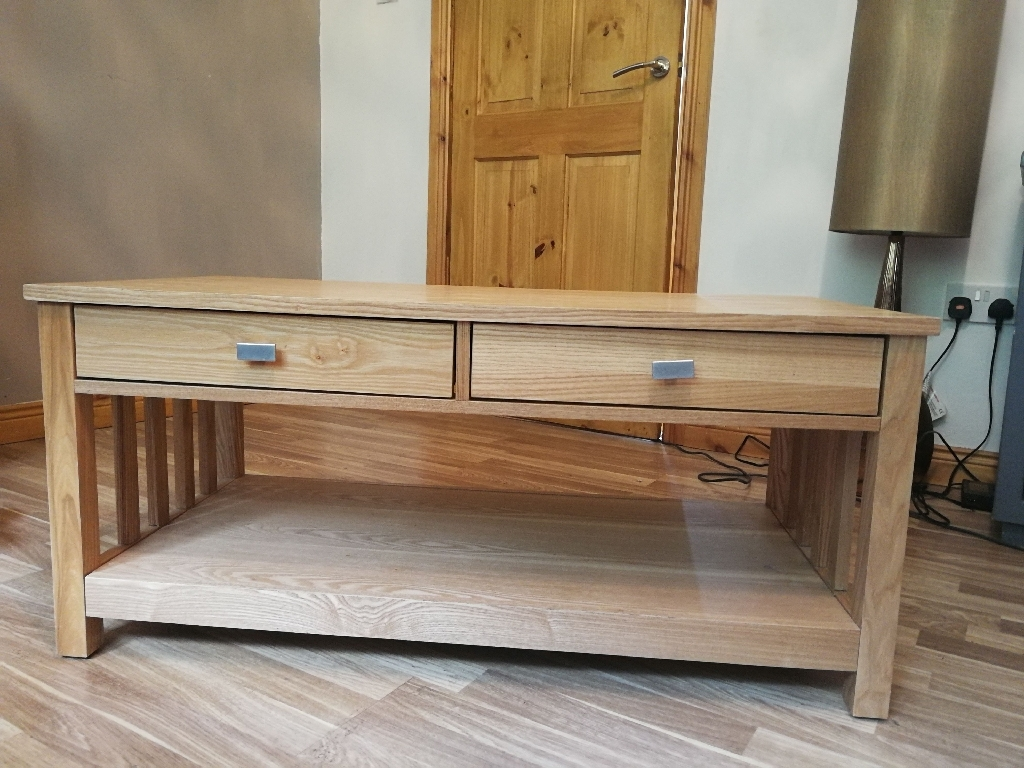 TV Unit/Coffee Table/Side table