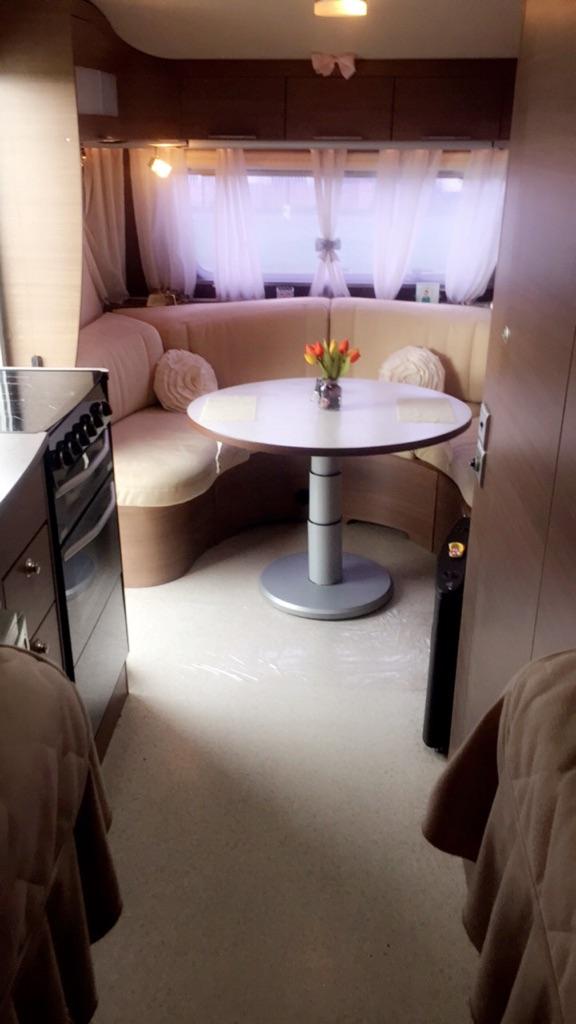 2007 5Birth caravan