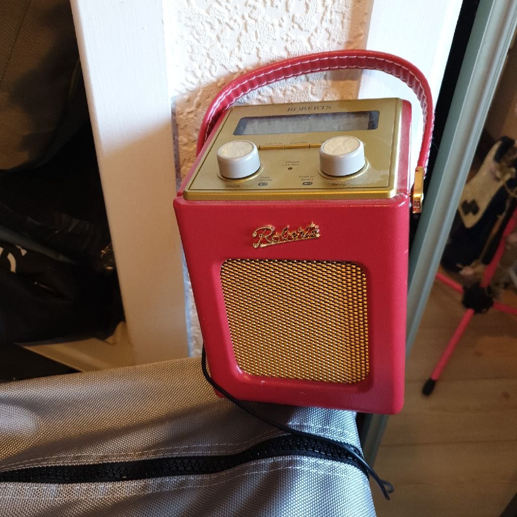 Refurbed Robert's radio