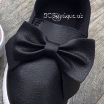Girls bow pumps