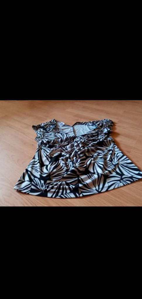 Nice black and white dress shirt