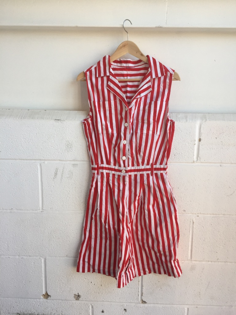 Vintage women short play suit size 10