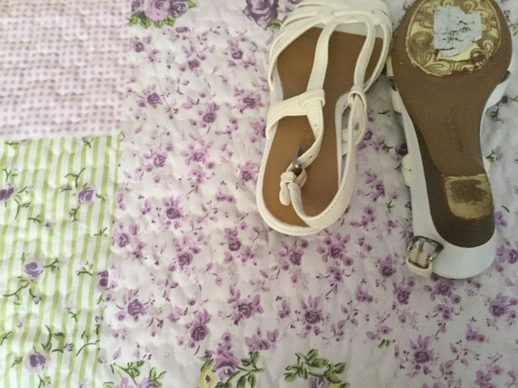 White sandals size 4