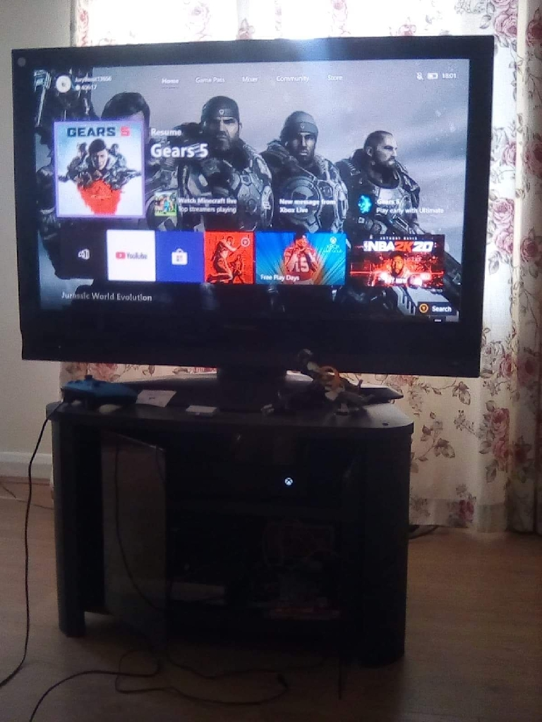 Xbox one console black 1TB with extras