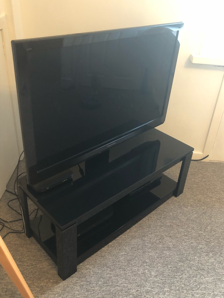 Panasonic 42 inch with stand