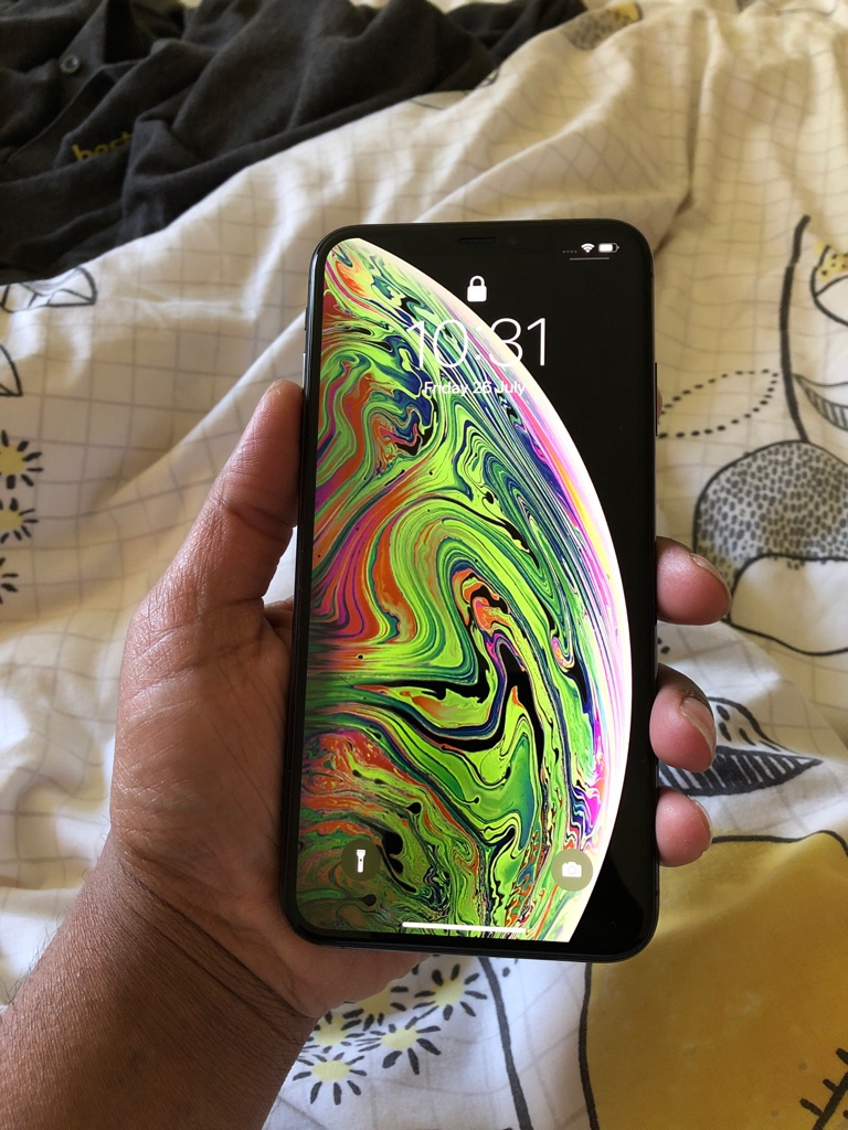 iPhone XS Max 64 Gb unlocked