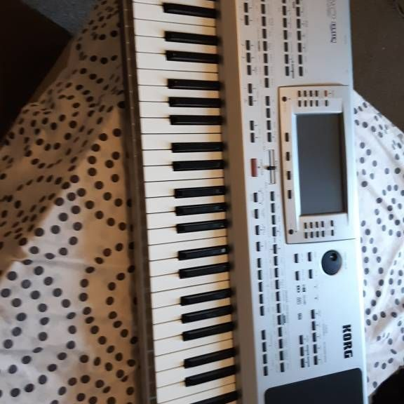 Korg pa 80 for sale