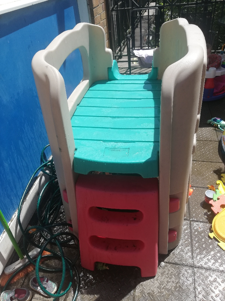 Kids climbing frame and slide