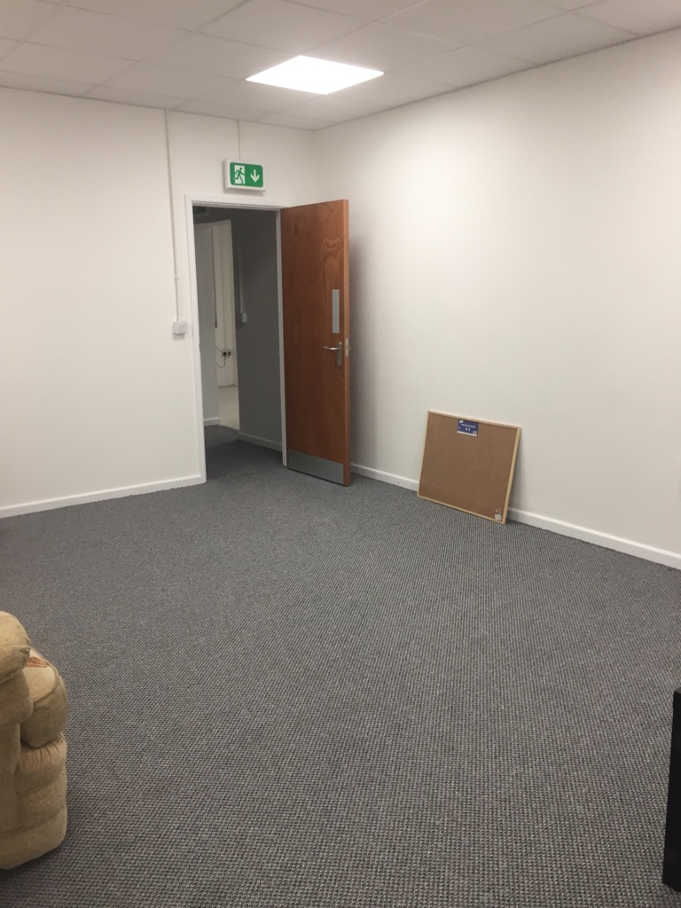 Unit/ dance studio to rent