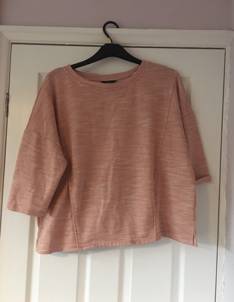 Salmon Pink Jumper Size 20 Good Condition