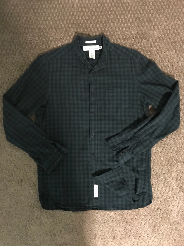 H&M green plaid long sleeve button up