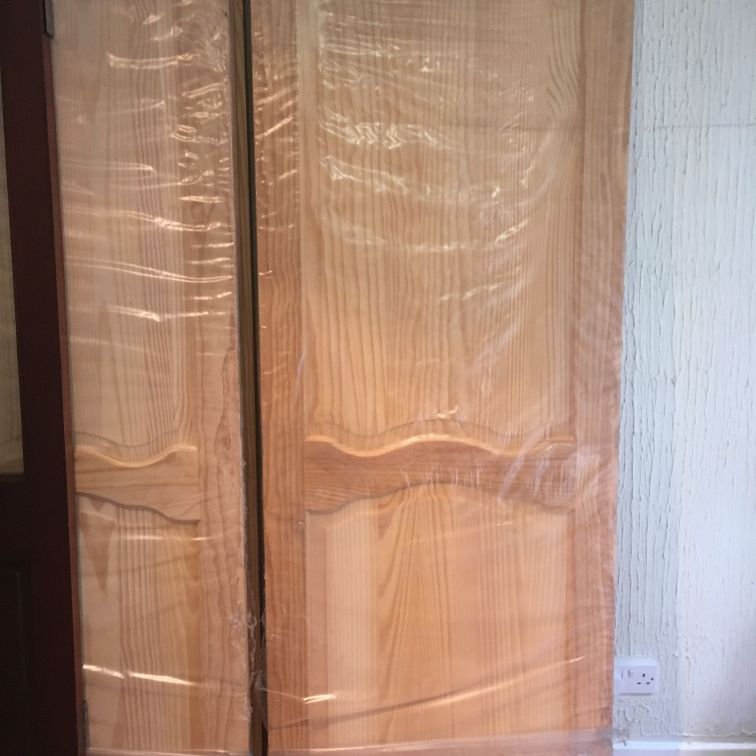 NEW LOUIS CLEAR SINGLE & DOUBLE CLEAR PINE DOORS
