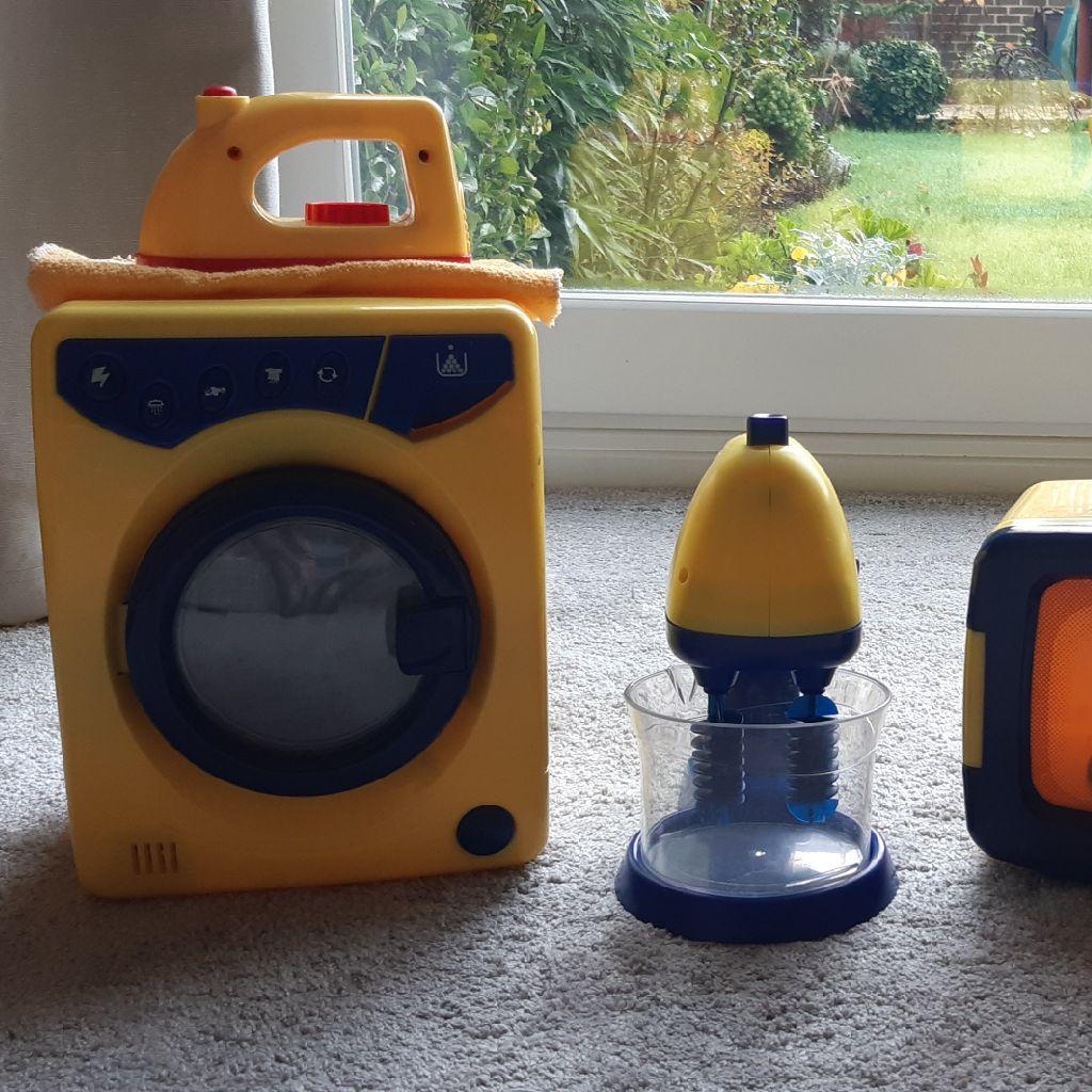 Children's kitchen appliances