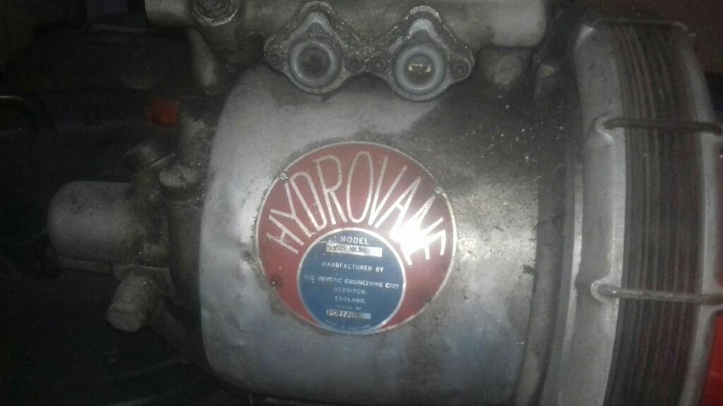 Hydrovanne compressor