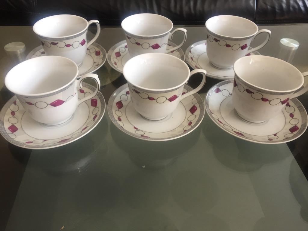 Set of 6 pink teacups