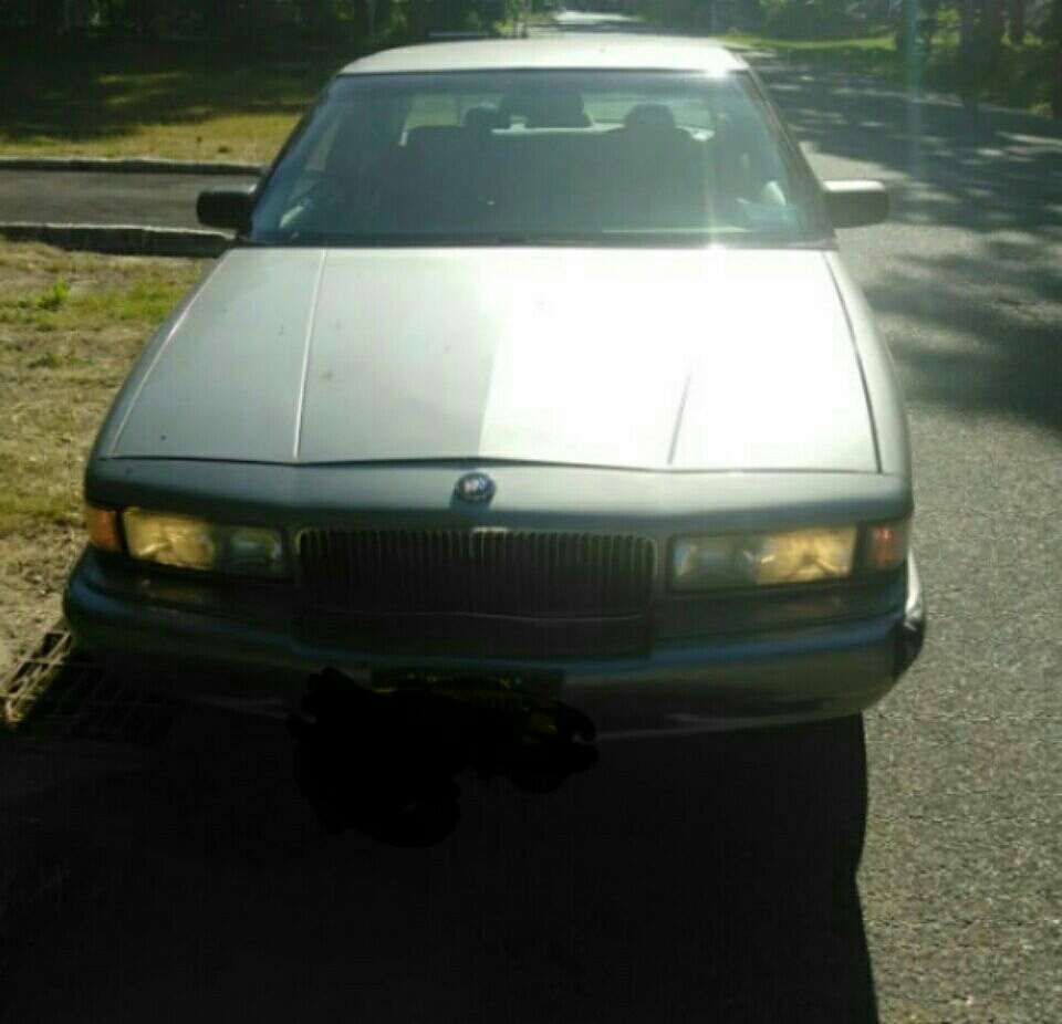 1996 buick regal 2 dr 107 miles runs great transmission shifts good