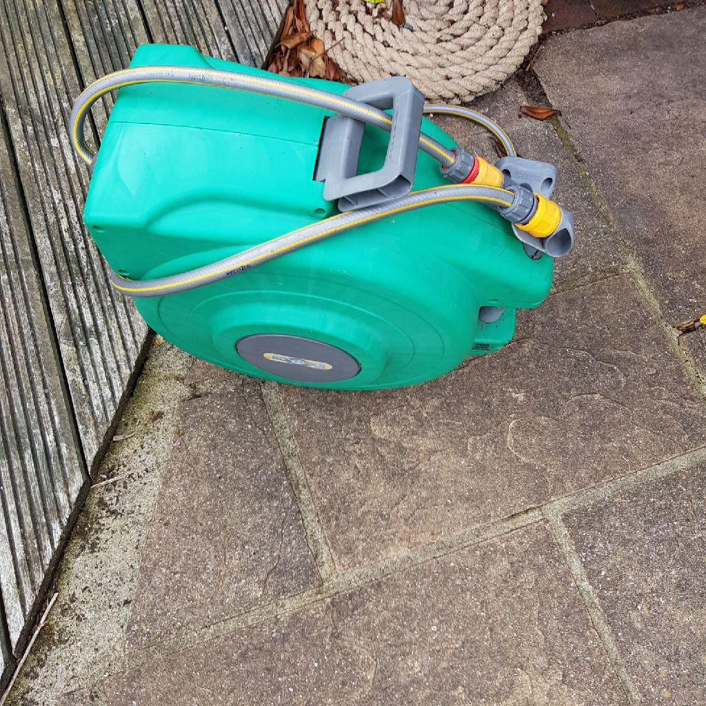 Garden retractable hose