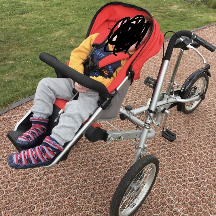 Wheelchair tandem bike