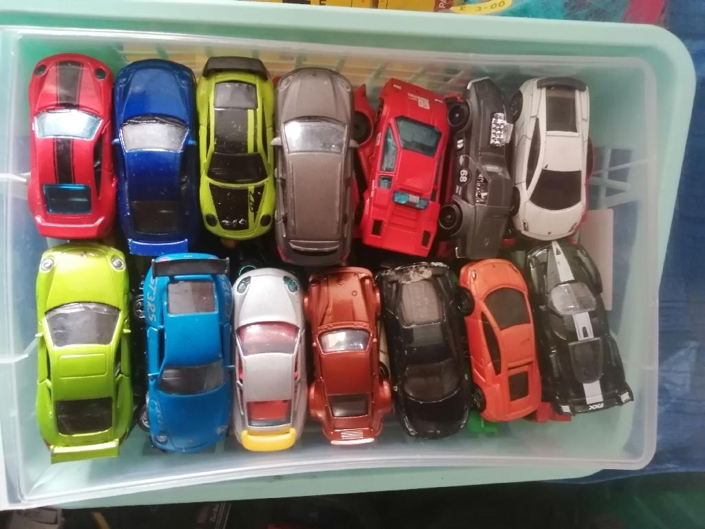 Porsche die-cast cars
