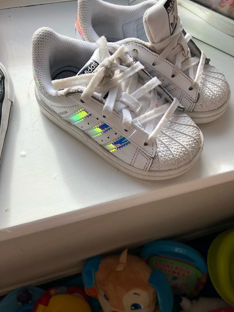 Toddler Adidas superstar size 6